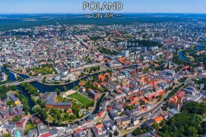 Bydgoszcz z lotu ptaka - fotoobraz na płótnie z kolekcji POLAND ON AIR!