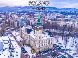 Bielsko-Biała ON AIR ratusz za dnia- fotoobraz na płótnie z kolekcji POLAND ON AIR