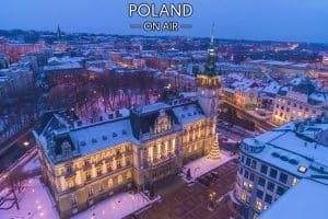 Bielsko-Biała z lotu ptaka nocą ratusz fotoobraz na płótnie POLAND ON AIR