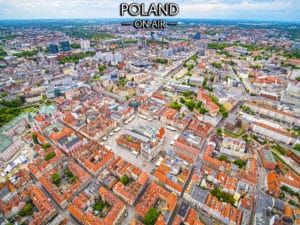 Poznań z lotu ptaka -kolorowe centrum i rynek - fotoobraz