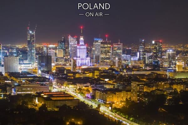 Warszawa z lotu ptaka centrum nocą – fotoobraz na płótnie POLAND ON AIR