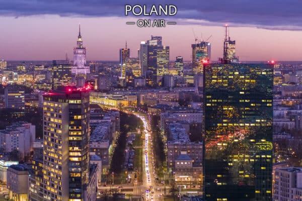 Warszawa z lotu ptaka nocą widziana od strony Żoliborza – fotoobraz POLAND ON AIR