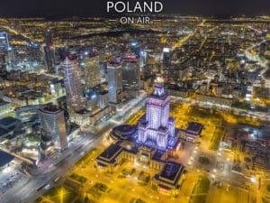 Warszawa z lotu ptaka nocą centrum fotoobraz POLAND ON AIR