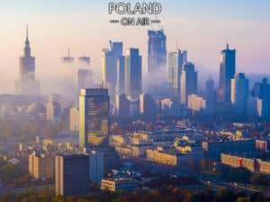 Warszawa z lotu ptaka wieżowce we mgle fotoobraz POLAND ON AIR