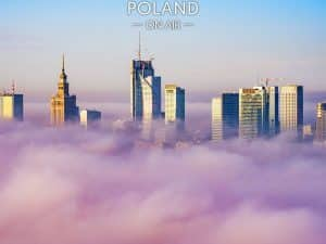 Warszawskie wieżowce w jesiennej mgle - fotoobraz POLAND ON AIR